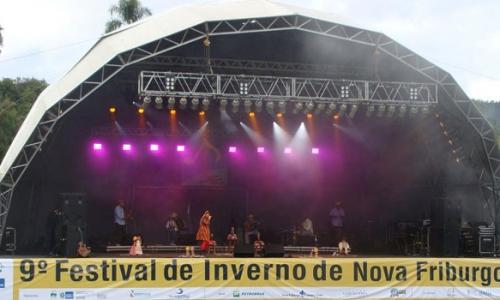 Show Cantos e Contos de São João