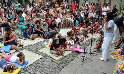 Show Canções, Histórias e Brincadeiras Musicais