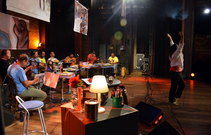 Foto de release do Show A Roda de Samba do Caraminguá